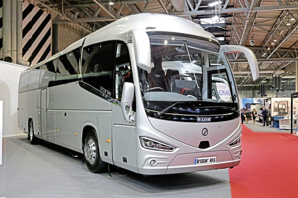Irizar UK i6s offside
