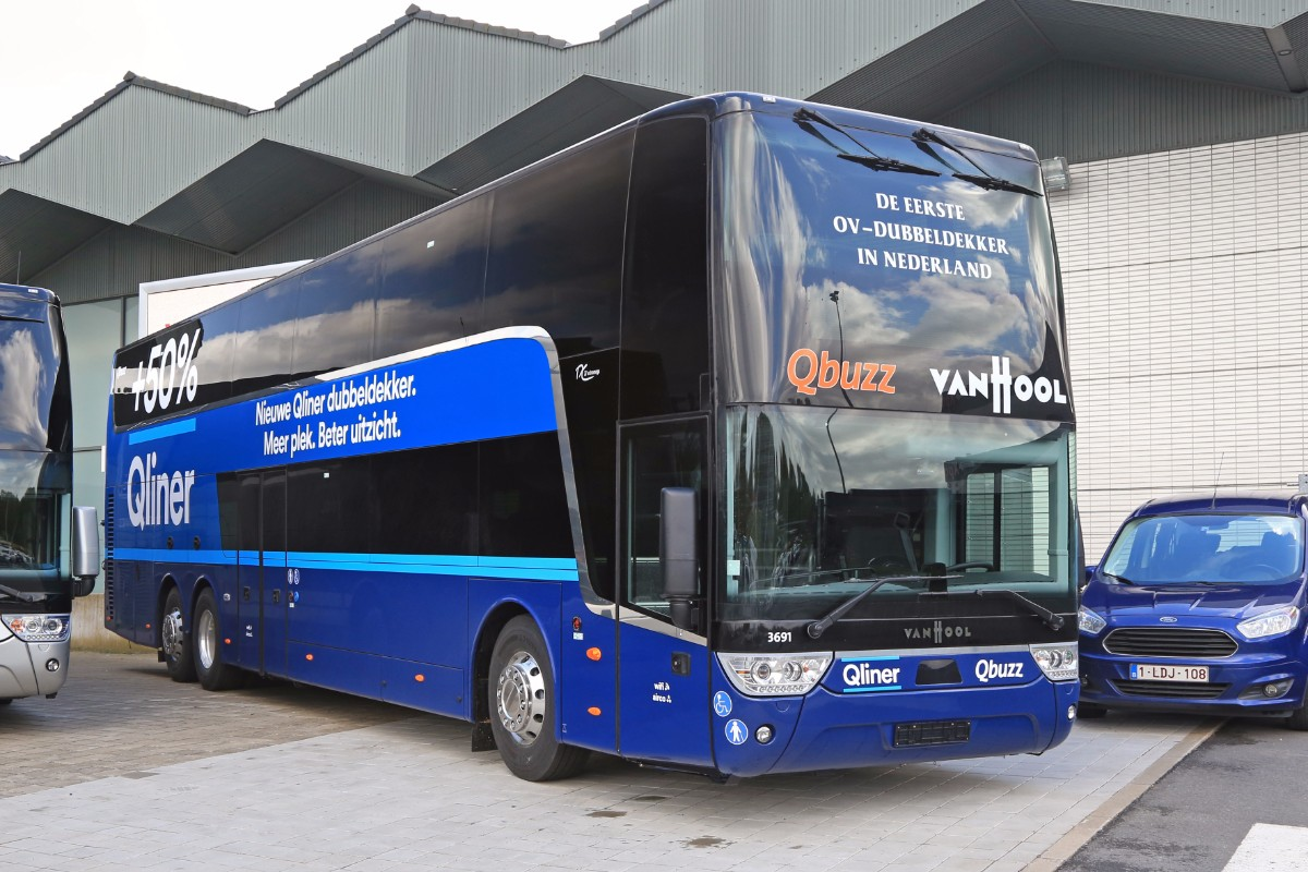 Van Hool TX27 Astromega intercity bus