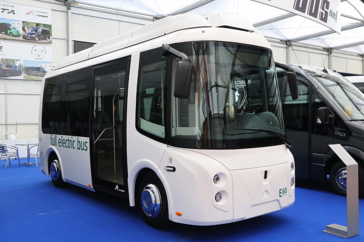 Wolta E60 electric minibus