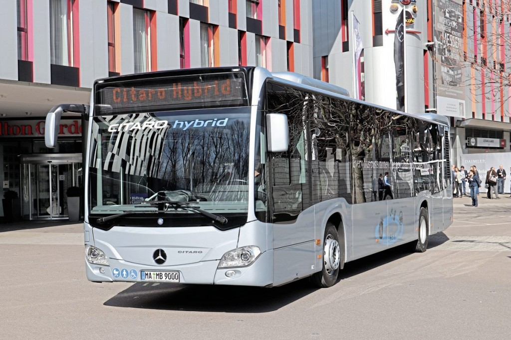 Although Daimler believes 75 percent of city bus sales will be electric by 2030, it sees it as its responsibility to continue honing diesel to make it as good as it can be. The latest diesel advance is the Hybrid Citaro, an example of which was present ferrying delegates between the launch venue and test track in Stuttgart