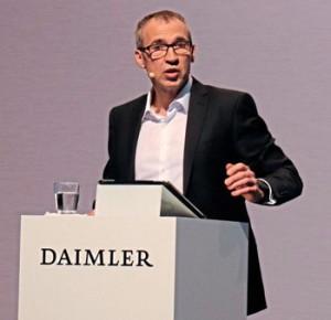 Gustav-Tuschen,-Head-of-Product-Engineering