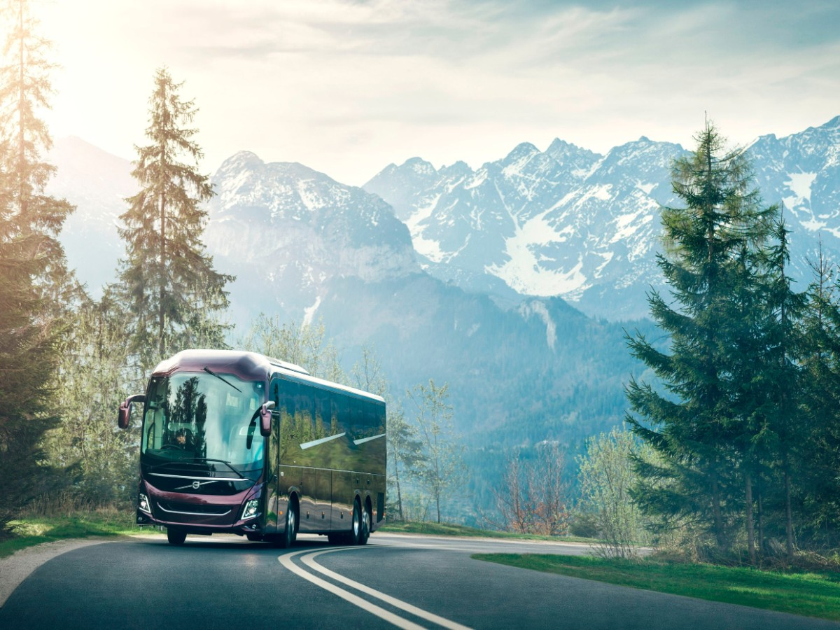 Volvo 9000 series hits its peak