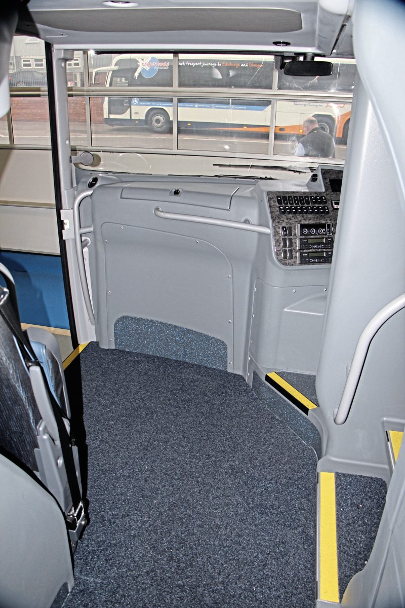 The spacious entrance arrangement enabled by the low floor chassis