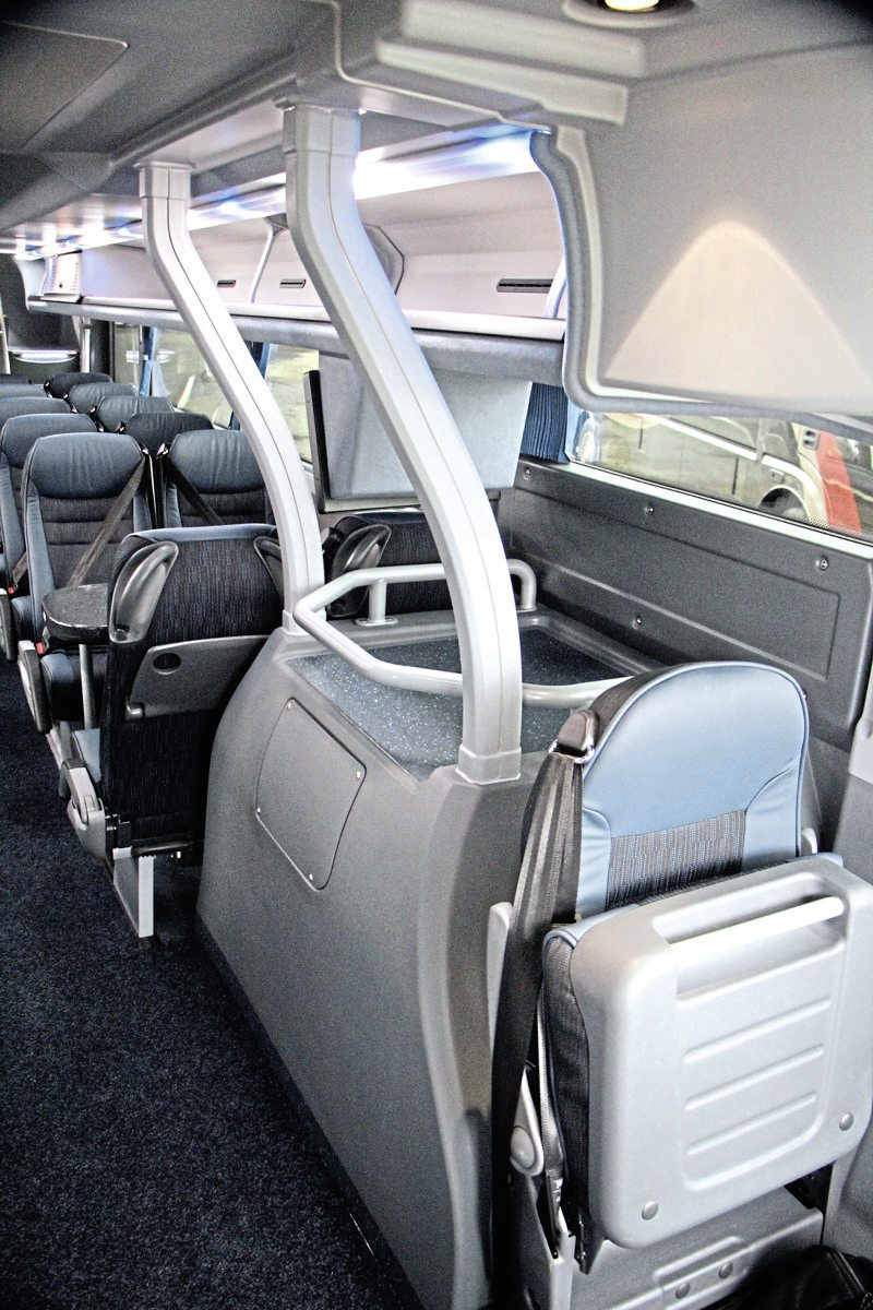 The front wheelarch arrangement generates more aisle space than many a double-deck design