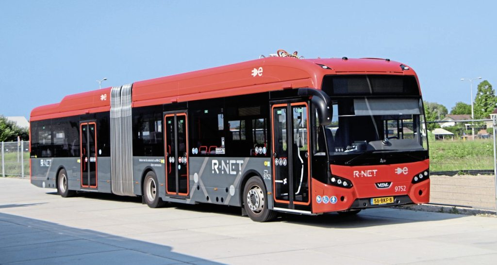 One of the R-Net Citea artics which have three doors and conventional styling
