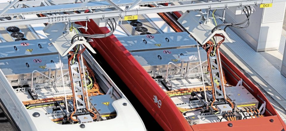 Pantograph units on the VDL Citea SLFA