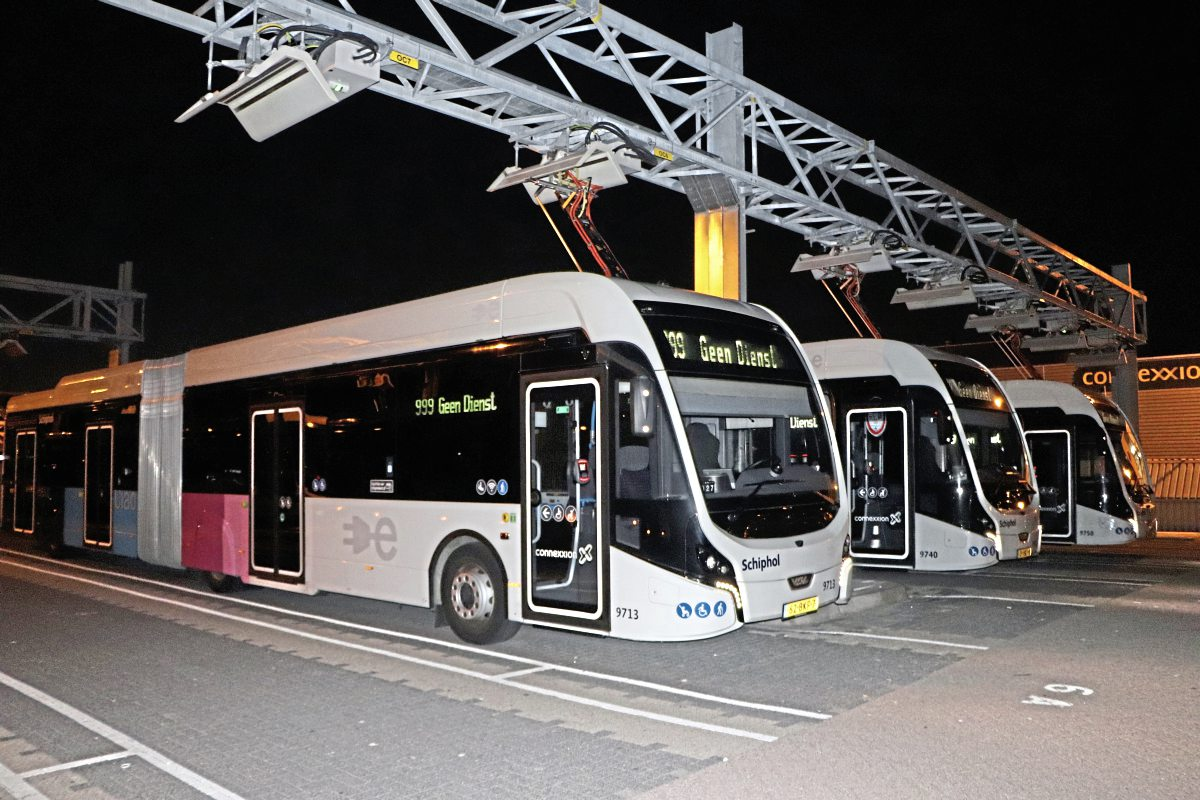 Some of the VDL Citea SLFA-181 Electrics at the Schiphol Cateringweg depot-img2