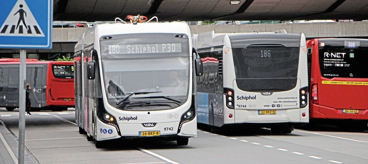Two of the Schiphol Net fleet outside one of the terminals. There are diesels present but this will become a ZE only zone for buses