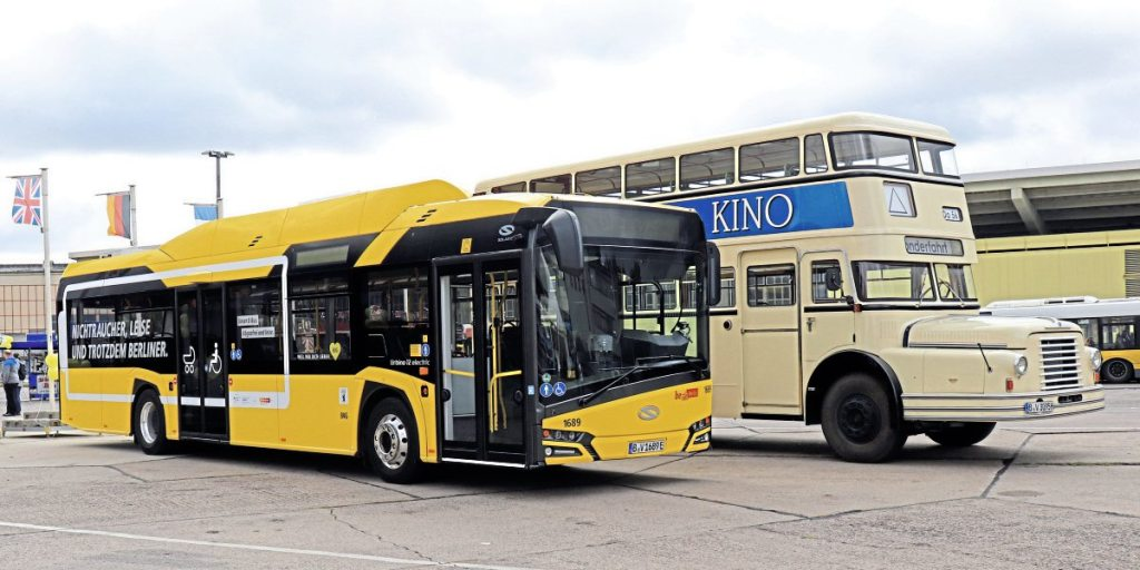 BVG's latest Solaris alongside 1950s double-decker
