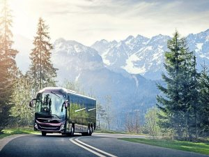 12 Volvo 9900 Mountain road