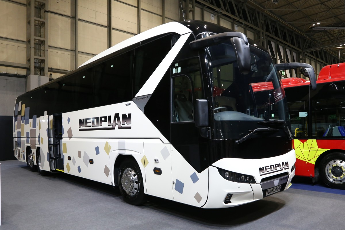 Neoplan Tourliner 3 axle