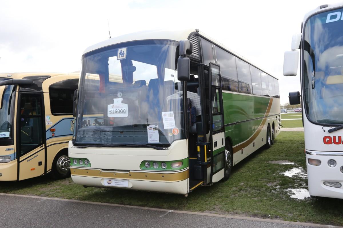 Neoplan Euroliner - Paramount Coach Sales