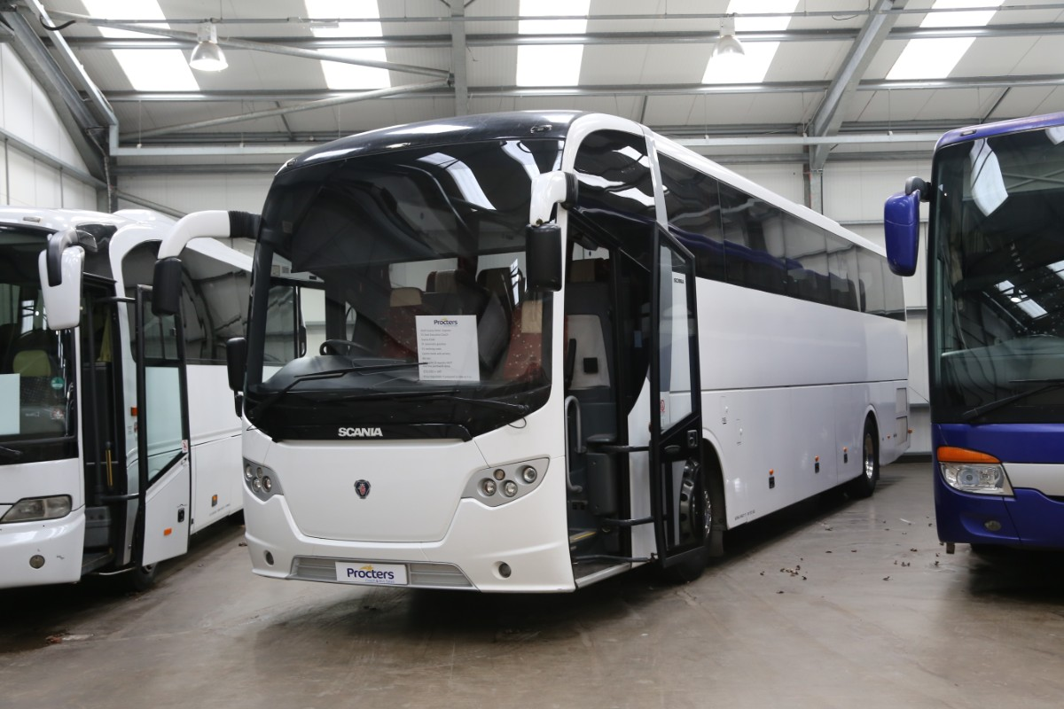 Scania Omni Express - Procters