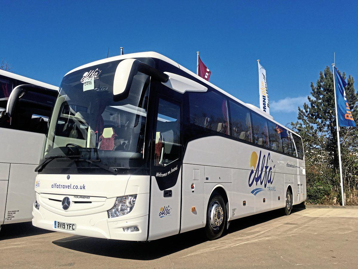 Alfa Coaches invests in ten Mercedes