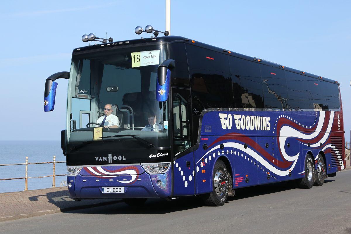 Van Hool TX17 Astronef - Go Goodwins