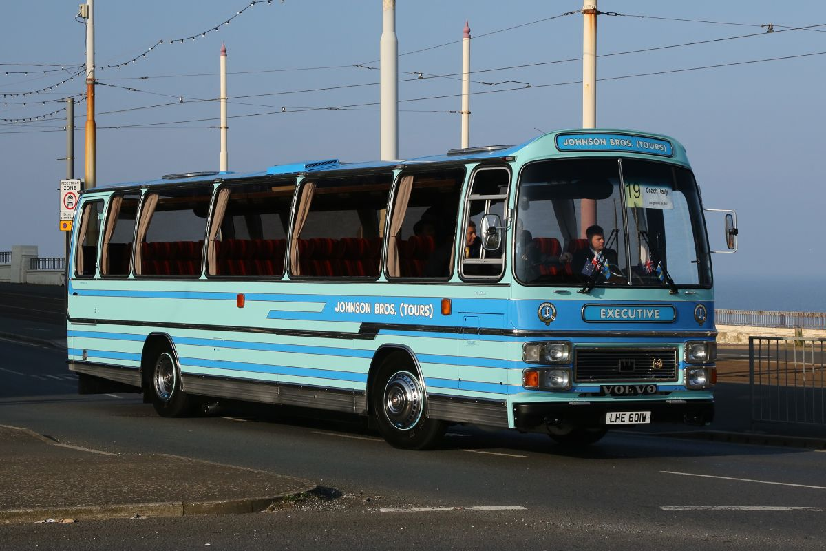 Volvo B58 Plaxton Supreme - Johnson Bros