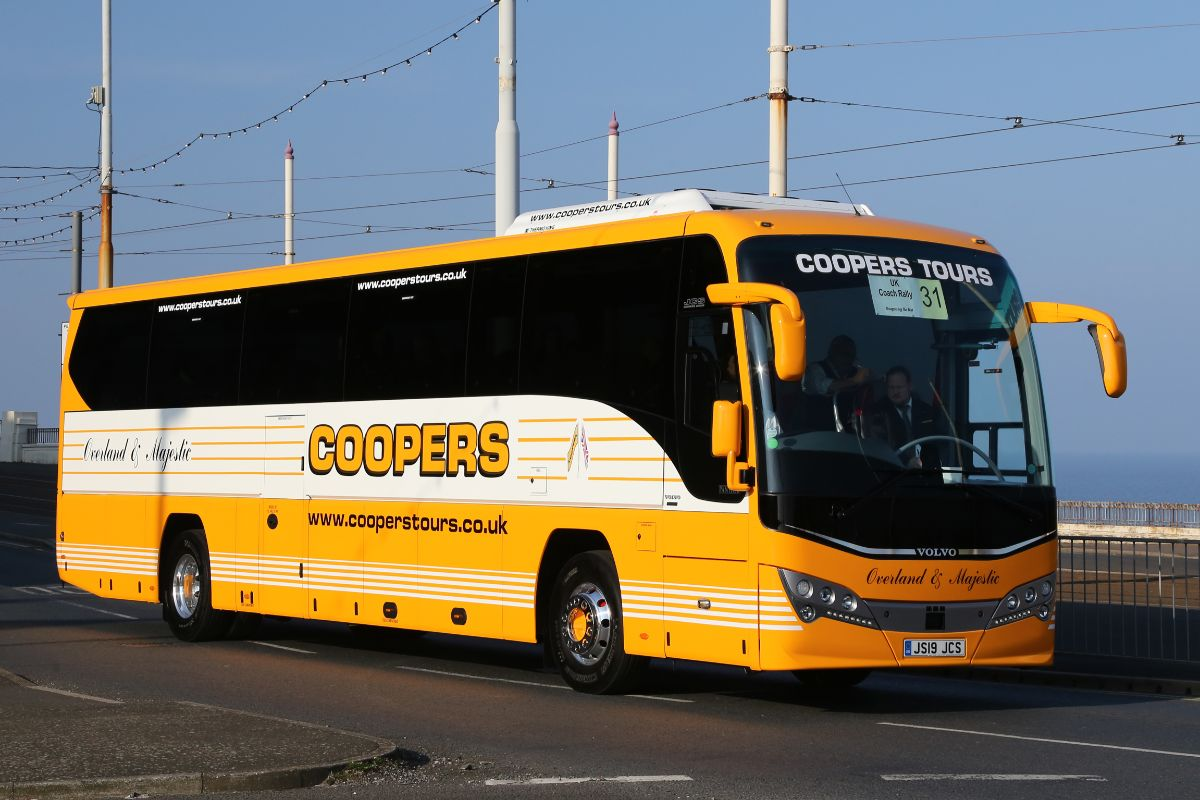 Volvo B8R Plaxton Panther - Coopers