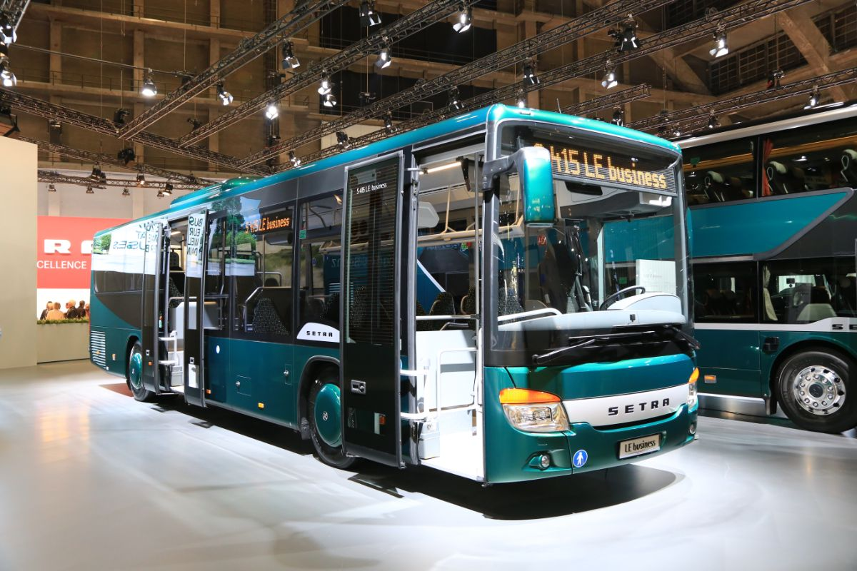 Evobus Setra S415LE business