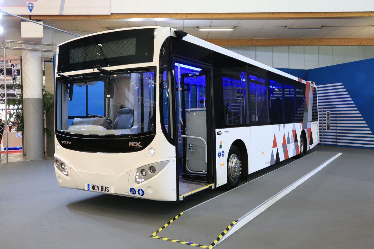 MCV EvoRa Volvo B8RLE