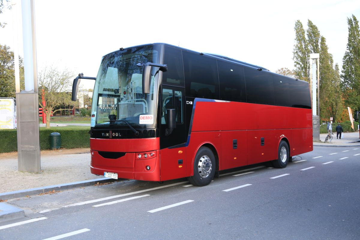 Van Hool EX11H (outside)