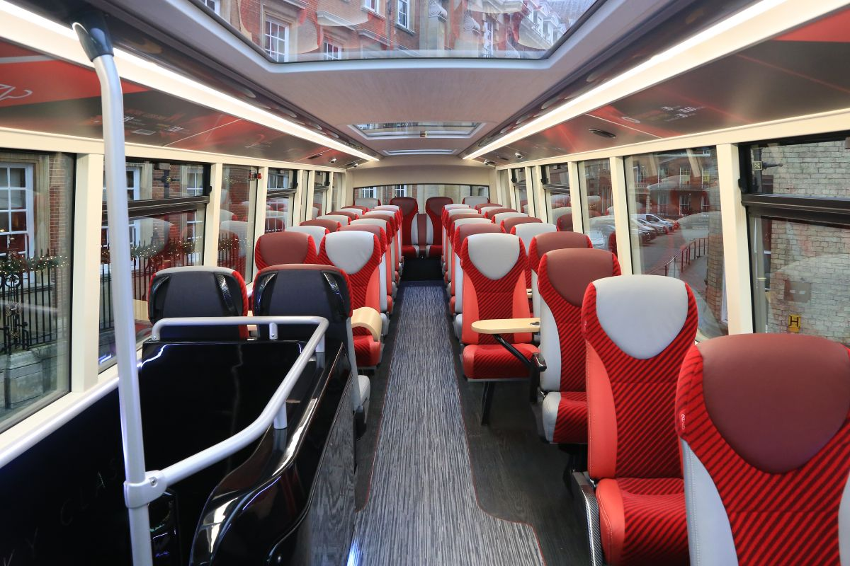 Glass roof panels add to the light and airy upper-deck interior ambience created by the Cityzap colours. 41 Kiel seats, a mixture of single and double are offered