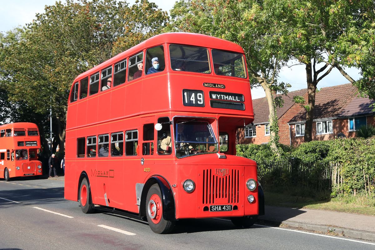 In 1952/1953 Midland Red purchased 100 of these all-Leyland PD2s between construction of its D5B and D7 classes